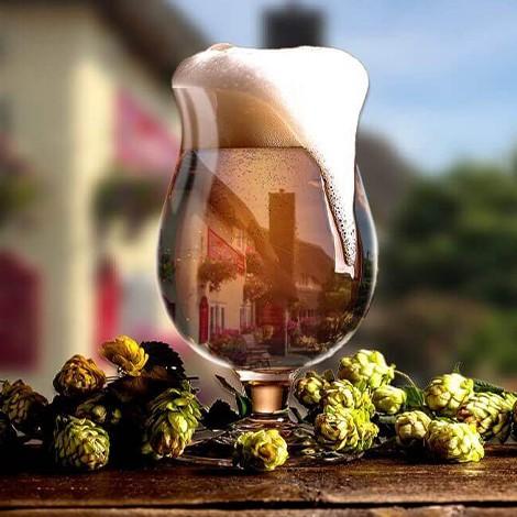 Greyhound-Country-inn-Glass